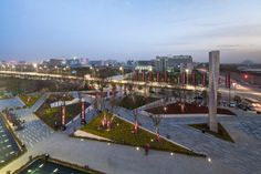 Located in the Advanced Technology Industries Development Zone of Zhengzhou, Vanke City is one of the biggest new town developments in China...