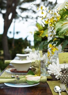 Coastal Style: Outdoor Entertaining - Tropical Style