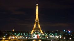 Enjoy a beautiful meal in the emblematic Eiffel tower in France cooked for you by chef Alain Ducasse #experiences /  Disfrute de una cena deliciosa en el torre Eiffel emblemática en Francia, cocinada por el chef Alain Ducasse #experiencias www.albertalagrup.com