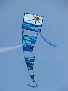 Everything you need to build kites, including fabric, fittings, framing, and tools. Kite Store, Wind Machine, Kite Designs, Kite Making, Go Fly A Kite, Paracord, Big Kids, Event Design, Lightning
