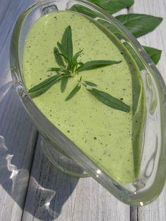 Kuchnia szeroko otwarta: Ziołowy sos jogurtowy