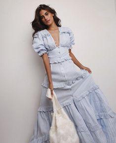Elegant Dresses For Women, Stylish Dresses, Beautiful Dresses, Nice Dresses, Casual Dresses, Fashion Dresses, Pakistani Dress Design, Pakistani Dresses, Chic Outfits