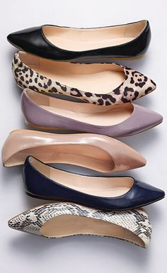 I love pointy toe flats with skinny jeans! Also look great paired with a pencil skirt on the days that you don't feel like wearing heels all day or if you have lots of walking to do! my type of shoes Cute Flats, Cute Shoes, Me Too Shoes, Pointed Flats, Pointy Toe Flats, Pumps, Loafers For Women, Ballerinas, Flats