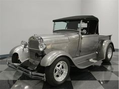 1929 Ford Roadster   890767