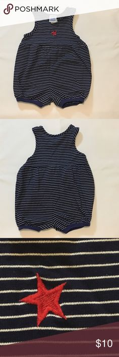 Kellly's kids navy and white stripe bubble romper Kellly's kids navy and white stripe bubble romper. Size 2T. Embroidered Red star on chest, great for summer and the 4th of July. EUC. 60 % cotton 40% polyester. Three snaps at crotch for easy diaper changes or potty breaks! Kelly's Kids One Pieces