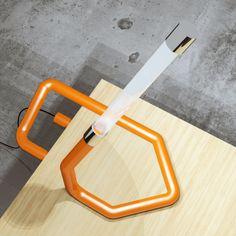graffetto 013 la lampada da tavolo di officina del design