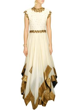 DECCAN DREAMS - Cream flower embellished triangle hem gown by Pranthi Reddy #new…