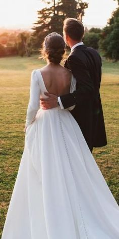 24 Gorgeous Spring Wedding Dresses ❤ spring wedding dresses simple with long sleeves low country milla nova Wedding Dress Trends, Princess Wedding Dresses, Best Wedding Dresses, Bridal Dresses, Wedding Gowns, Wedding Bride, Simple Country Wedding Dresses, Vogue Wedding, Lace Bride
