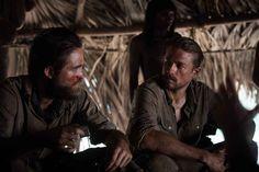 Robert Pattinson et Charlie Hunnam dans The Lost City of Z de James Gray