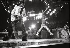 """Michael Putland, trentanni sopra e dietro il palco con Mick Jagger e Keith Richards: """"Vi racconto chi sono i Rolling Stones"""" (FOTO)"""