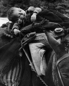 (Epirus region, NW Greece) by Costas Balafas Greece Photography, Street Photography, White Photography, Benaki Museum, Costa, Old Time Photos, Greek History, Greek Culture, Famous Photographers