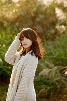 Park Bo Young is an actress best known for her roles in film A Werewolf Boy and … Park Bo Young, Female Actresses, Korean Actresses, Actors & Actresses, Strong Girls, Strong Women, Korean Drama Stars, A Werewolf Boy, Jin Kim