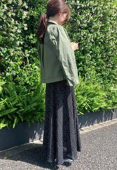 「秋まで着られる服」が狙い目♡LOCARI STOREザ・バーゲン2019の目玉アイテム - LOCARI(ロカリ) Muslim Fashion, Lace Skirt, Skirts, Skirt, Gowns, Moslem Fashion, Skirt Outfits, Petticoats