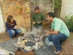 video ensina a montar um lago pequeno no jardim de casa sem gastar uma fortuna.muito simples e facil que até uma criança faz