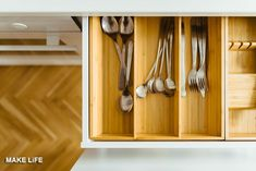 Are you looking for the best way to organize your kitchen cabinets? Try these four kitchen organization hacks to keep everything organized. Diy Drawers, Kitchen Cupboards, Kitchen Items, Kitchen Utensils, Kitchen Hacks, Kitchen Gadgets, Kitchen Paint, Kitchen Tools, Kitchen Worktops