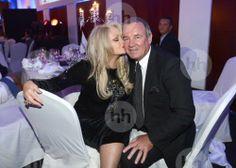 Bonnie Tyler & Robert Sullivan #bonnietyler #gaynorsullivan #gaynorhopkins #robertsullivan #thequeenbonnietyler #therockingqueen #rockingqueen    Source:http://www.hollandse-hoogte.nl