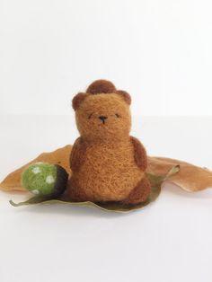 Chubby Needle Felted Squirrel with Polka Dot Acorn, Woodland Decor, Kawaii Needle Felt, Chubby Squirrel, Felted Acorn, Felted Animal, Cute