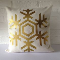 Cushion cover Christmas Pillow cover Snowflake Pillow by Cut4you, $20.00 Christmas Cushion Covers, Christmas Cushions, Snowflake Pillow, Tis The Season, Christmas Decorations, Throw Pillows, Creative, Handmade Gifts, Holidays