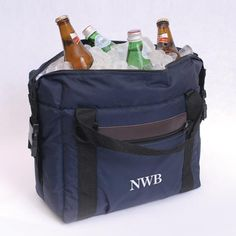 Keep your 12-pack ice cold and stylish with our attractive, sturdy soft-sided cooler. Perfect for camping trips, football games and summer BBQ's, this cool