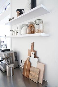 at home with interior stylist fleur holl. Kitchen Interior, Kitchen Decor, Kitchen Shelves, Wood Shelves, Floating Shelves, Room Inspiration, Interior Inspiration, Küchen Design, House Design