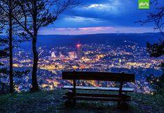 Mit dem besten Blick auf Jena kann man sich hier ganz entspannt den Sonnenuntergang anschauen. #jena #jenaparadies #thueringen_entdecken  #geheimtipp #horizontalejena #schoenstestadtderwelt #canon #moments #bench #love