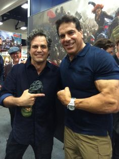 When Hulks collide! @LouFerrigno & @MarkRuffalo having a SMASHing time at the #MarvelSDCC booth. #SDCC