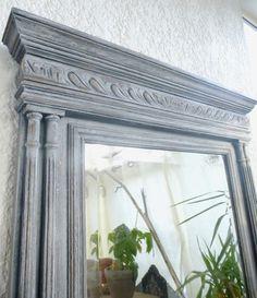 Miroir ancien Henri II, relooké au gout du jour en gris cérusé Miroir biseauté et piqué au mercure donne le charme de l'ancien pour un style shabby chic / campagne déco / ch - 12926901
