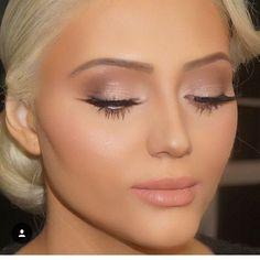 21 Soft and Romantic Wedding Day Makeup Looks > CherryCherryBeaut. - - 21 Soft and Romantic Wedding Day Makeup Looks > CherryCherryBeaut. Beauty Makeup Hacks Ideas Wedding Makeup Looks for Women Makeup Tips Prom Makeup . Nude Makeup, Skin Makeup, Makeup Inspo, Makeup Inspiration, Makeup Ideas, Makeup Tutorials, Mac Makeup, Neutral Eye Makeup, Makeup Eyeshadow
