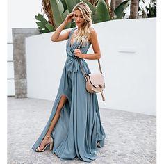 V neck sleeveless split beach maxi dress - Summer Outfits Elegant Dresses, Cute Dresses, Summer Dresses, Blue Maxi Dresses, Summer Outfits, Boho Outfits, Bohemia Dress, Estilo Hippie, Maternity Maxi