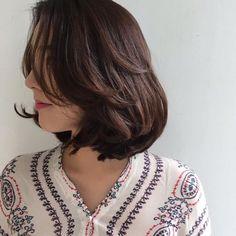 curtain bangs, curled ends Korean Hair Color, Korean Short Hair, Medium Hair Cuts, Medium Hair Styles, Curly Hair Styles, Short Layered Haircuts, Cute Bob Haircuts, Pretty Hairstyles, Bob Hairstyles
