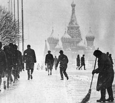 Rushing in the freezing moscow winter