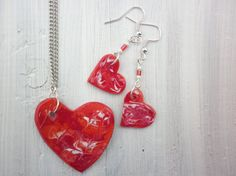 Valentine's Earring and Necklace Set  Hearts Hand Painted Handmade Cermaic Clay Hearts earring and Neclace  Marbled Heart earrings &Necklace