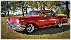 Chevrolet Impala 1958 Images The Chevrolet Impala is a full-size sedan built by the Chevrolet division of General Motors introduce. Impala Chevrolet, 1958 Chevy Impala, Chevrolet Trucks, Impala Car, 1957 Chevrolet, American Classic Cars, Classic Trucks, Chevy Classic, Diesel Trucks