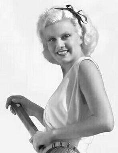 Jean Harlow.  From the Pinterest board of George Vreeland Hill.  #GeorgeVreelandHill Hollywood Cinema, Hollywood Icons, Hollywood Glamour, Classic Hollywood, Old Hollywood, Famous Blondes, Baby Jeans, Jean Harlow, Female Stars
