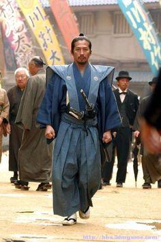 The Last Samurai, 2003 - Hiroyuki Sanada Samurai Weapons, Samurai Warrior, Samurai Costume, Samurai Outfit, Samurai Poses, Geisha, Katana, Samurai Clothing, Edo Period Japan