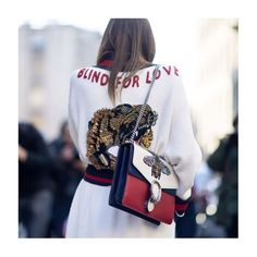 CIAO MILANO: As we pack our bags for #Paris, we review the most notable street-style trends from #MFW. Red-hot heels, show-stopping bags, slogan sweaters and sportswear-inspired separates ruled off the runway.    See more of the standout looks now on facebook.com/netaporter.