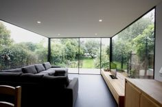 Turney Road - The solid roof stops it feel like a glass box