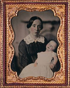 tuesday-johnson: ca. [daguerreotype portrait of a mother and her dead child, stricken with either chicken pox or measles] via A Morning's Work: Medical Photographs from the Burns Archive, Stanley B. Victorian Photography, Vintage Photography, Spirit Photography, War Photography, Victorian Photos, Victorian Era, Antique Pictures, Vintage Photos, Vintage Postcards