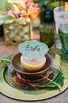 Watercolor place card | Joielala Photography | see more on: http://burnettsboards.com/2014/05/colorful-tropical-wedding-ideas/