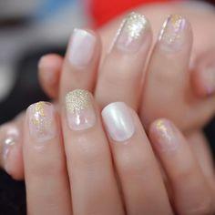 Short Round Pearl Shimmer Glitter Faux Nails – Fake Nail Store Rounded Nails, Nail Store, Nail Length, Salon Services, Nail Set, Short Nails, Nail Tips, Glitter, Pearls