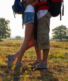 40 Free Date Ideas!! We already do lots of fun, and free, stuff! These are wonderful ideas and we'll add them to our arsenal!!