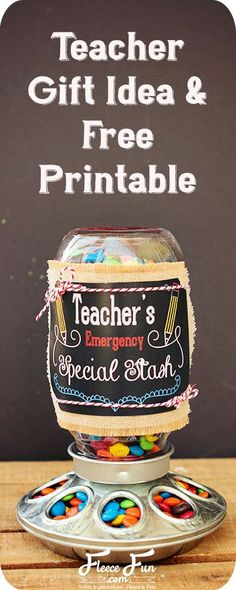 DIY Gifts : I love this easy gift idea for a teacher. It's a great gift to give her to kick off the school year. I love this teacher gift idea. Easy Teacher Gifts, Teacher Birthday Gifts, Teacher Christmas Gifts, Easy Gifts, Homemade Gifts, Cute Gifts, Teacher Stuff, Christmas Ideas, Teacher Tote