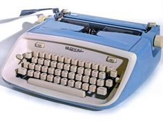USB Typewriter ~ Typing class 10th grade....didn't think I'd need that again
