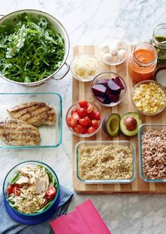 With a little bit of planning, it's really easy to make your lunches for the week and keep it delicious, healthy and fresh! www.whatsgabycooking.com (@whatsgabycookin)