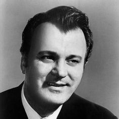 An article about Nicolai Gedda.