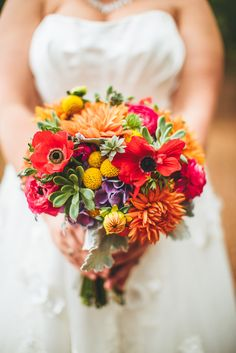 colorful bouquet Photography By / http://puregoldphoto.com,Floral Design By / http://adaptationfloraldesign.com