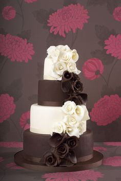 Chocolate Rose cake design from the Little Venice Cake Company! Shop the LVCC range now at C+C: http://www.createandcraft.tv/search/little%20venice%20cake%20company?fh_location=//createandcraft/en_GB/$s=little\u0020venice\u0020cake\u0020company/brand_cc@gt;{little20venice20cake20company} #cakedecorating