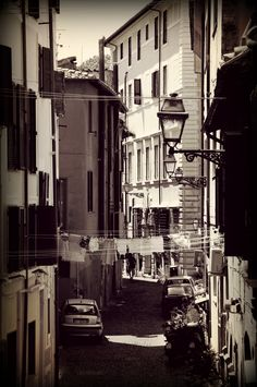 Roma - Trastevere, by Luca Parravano