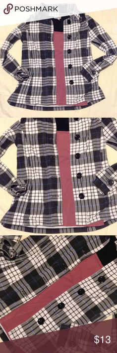 EUC PLAID COAT 2 pockets, missing belt but looks great without it Self Esteem Jackets & Coats