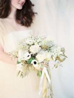 Navy and Gold Wedding Ideas
